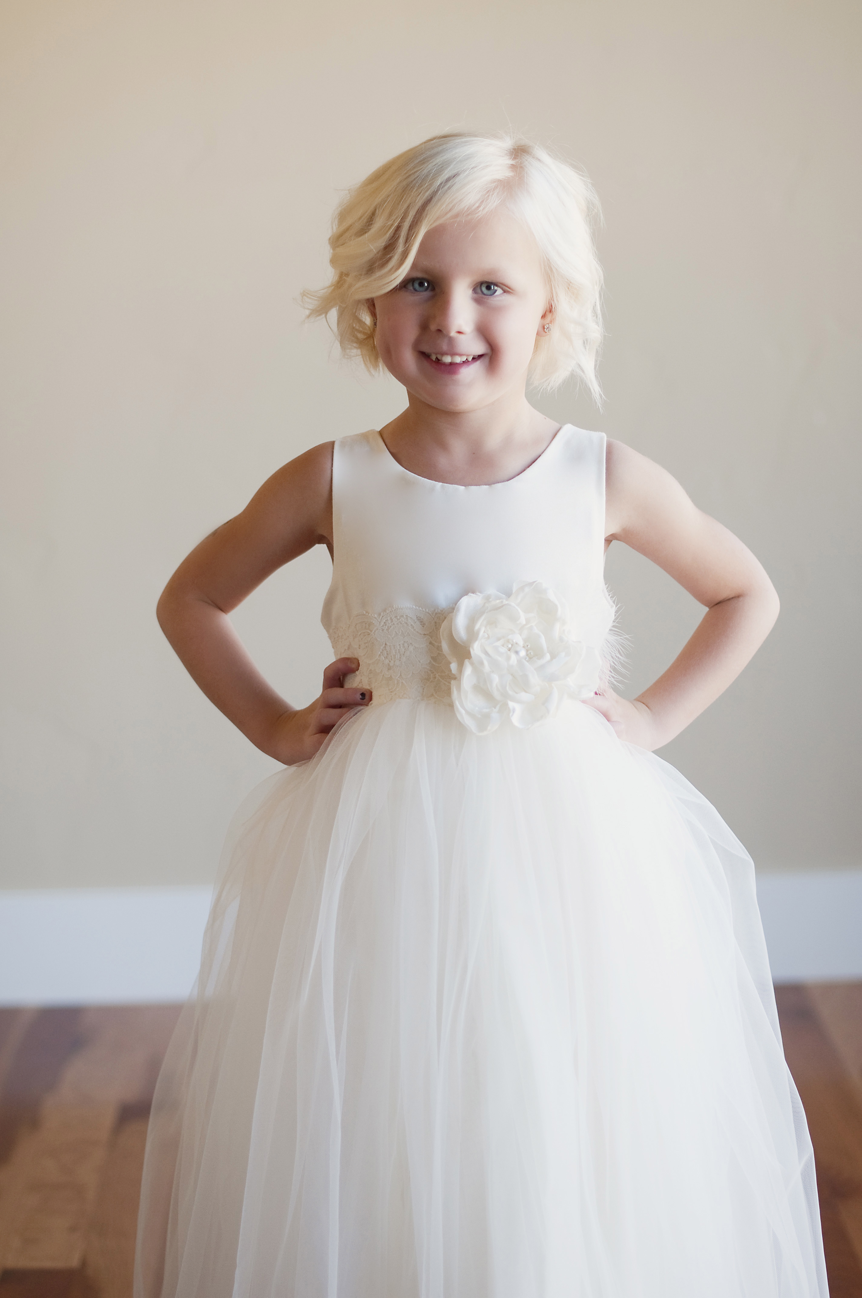 a vintage style flower girl dress UK with tulle skirt an ...