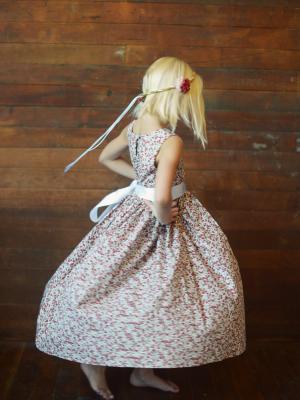 floral print girls dress, vintage flower girl dresses, older flower girl dresses