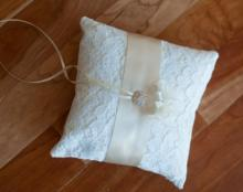 Lace ring pillow, wedding ring pillow, ivory lace ring pilow