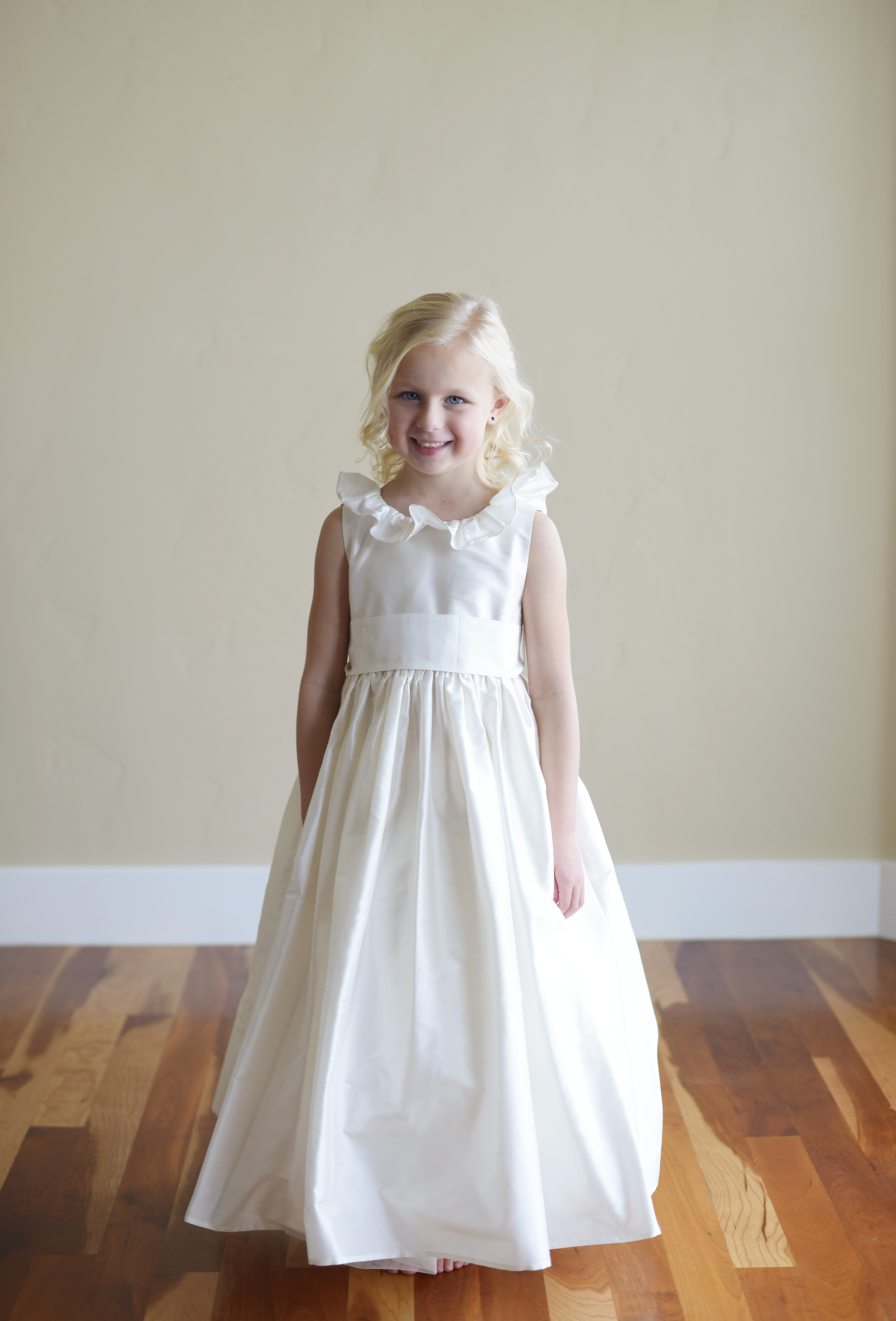 Beautiful Handmade Flower Girl Dresses And First Communion Dresses