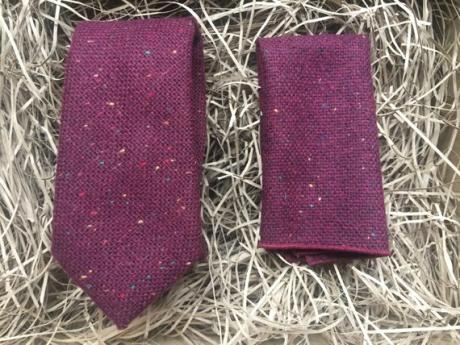 Maroon wool necktie and pocket square sets for groomsmen and wedding ties
