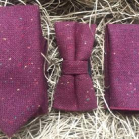 BUrgundy maroon flecked wool necktie, bow tie and pocket square set for weddings and groomsmen gifts